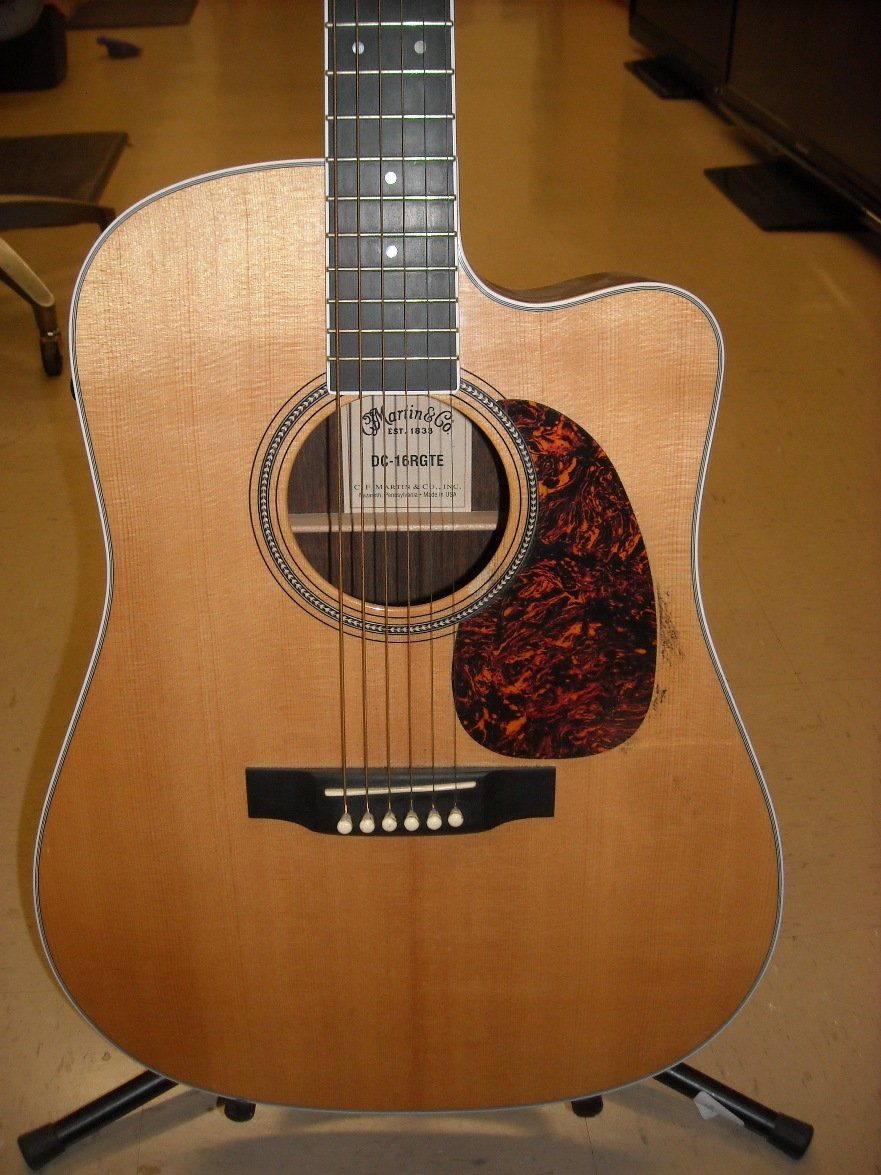 Martin D16RGTE Acoustic/Electric